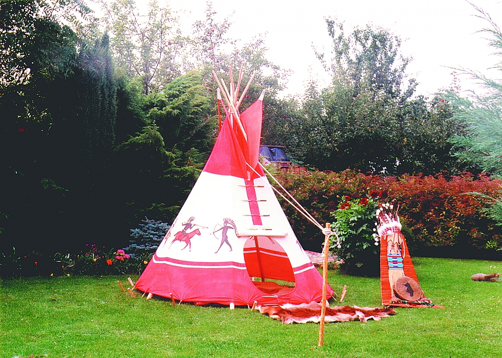 children 39 s tipis famwest natural tents. Black Bedroom Furniture Sets. Home Design Ideas