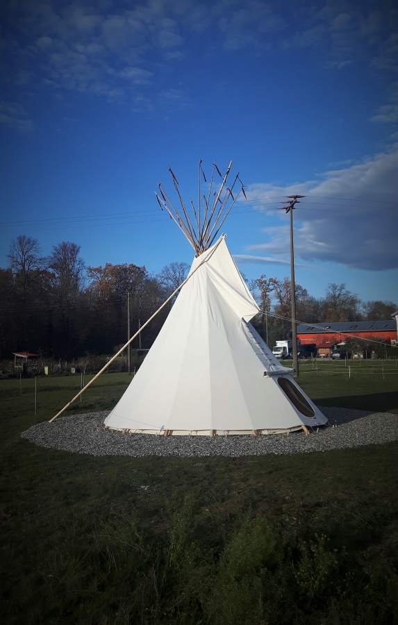Native American Tipis | FamWest natural